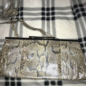 Pegabo snakeprint shoulderbag